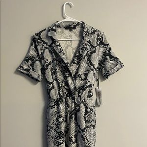 Haute Monde snake skin jumpsuit NEW WITH TAGS